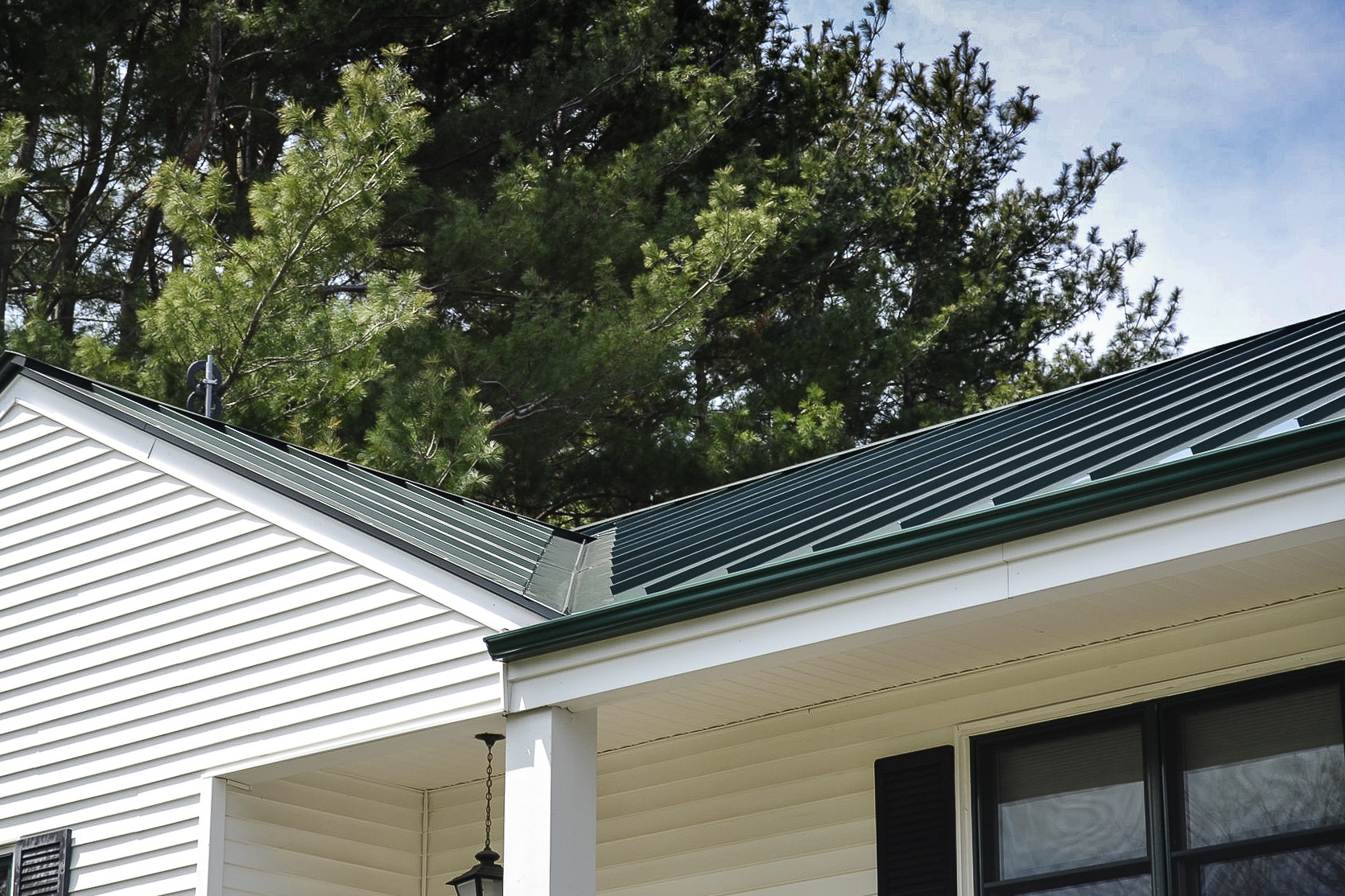 Metal standing seam roofing ct roofcrafters for Roof right