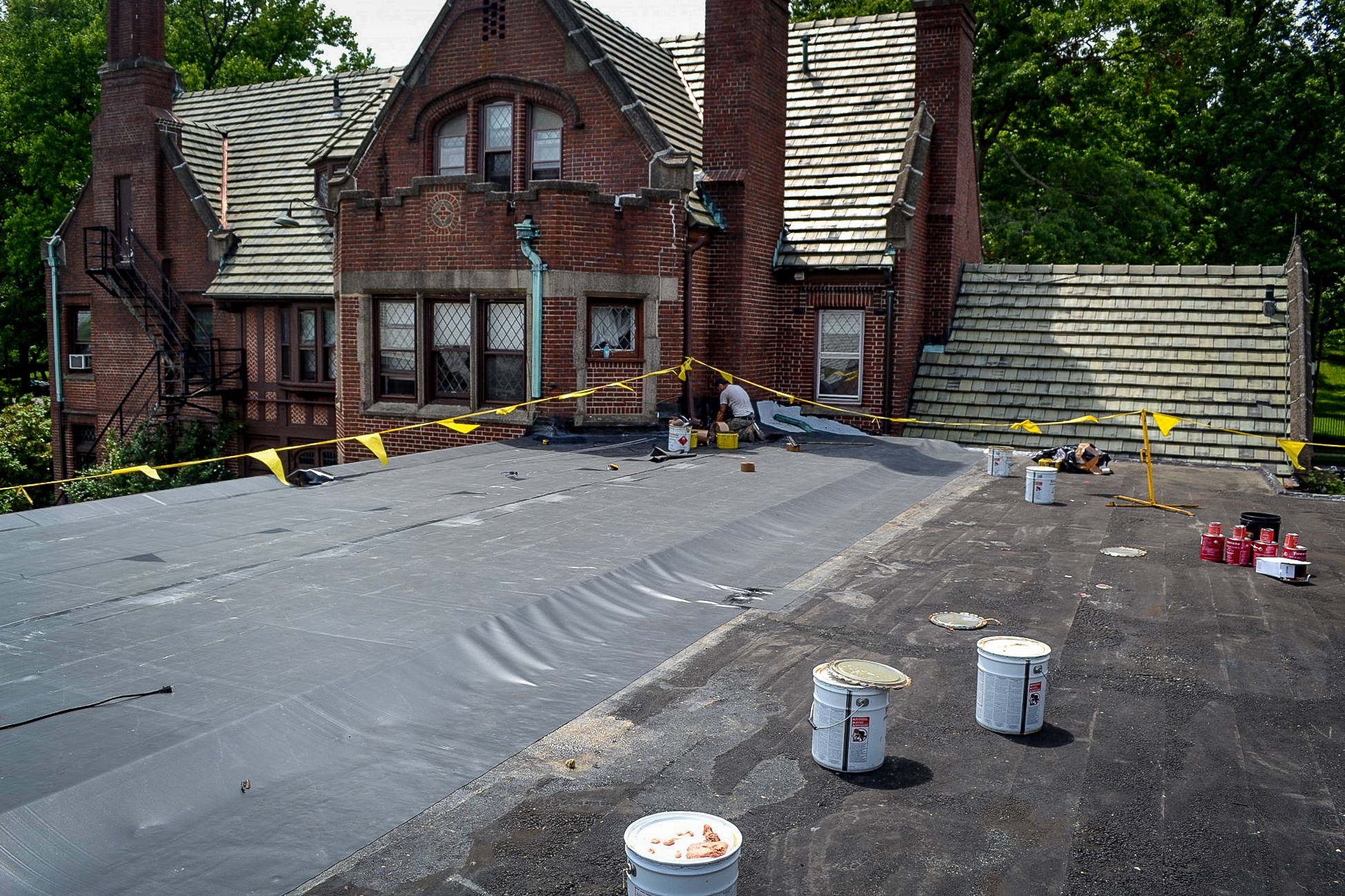 Firestone Epdm Membrane Roof Over Tapered Insulation For