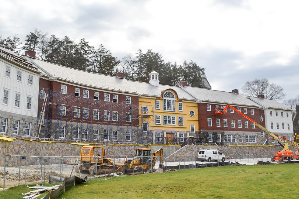 CT Roofcrafters installed 19,000 square feet of new slate roofing on a new dormitory at Kent School