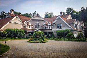Leir Mansion in Ridgefield