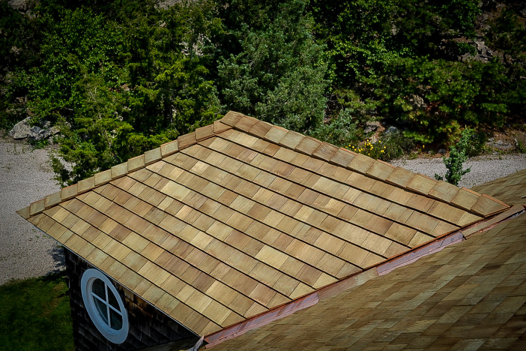 Tapersawn Red Cedar Shingles Installed On Old Quarry Road Home in Guilford, CT