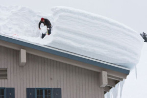snow-ice-removal-roof