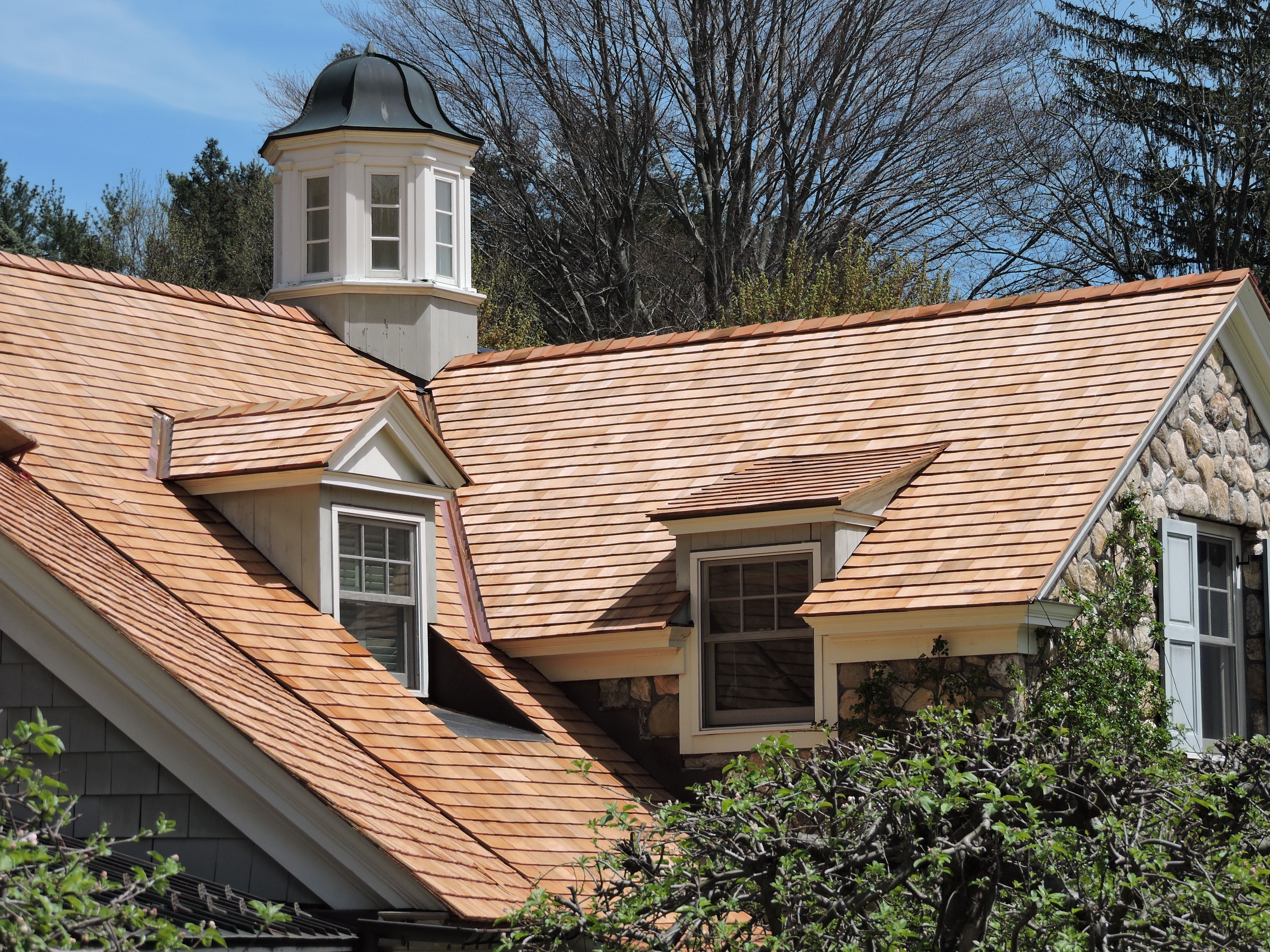 The complexity of Wood Roofs